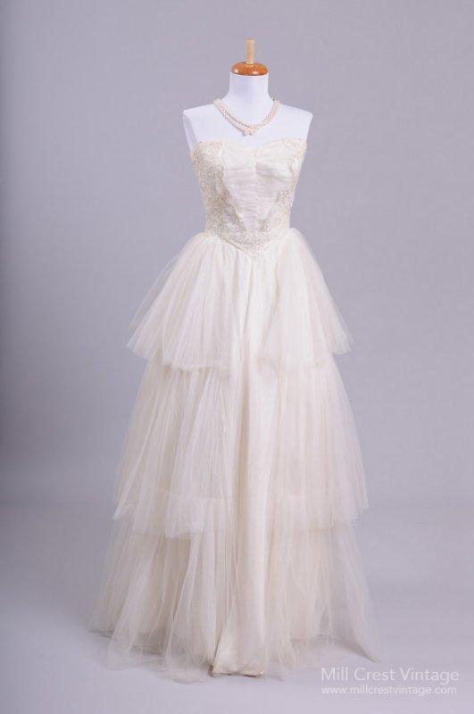 Vintage Wedding Dresses Bath : Vintage wedding dresses mill crest leftoverlemons
